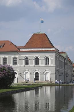 Schloss nymphenburg for Küchenbau münchen